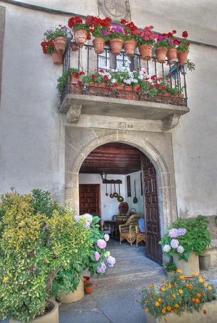 House 39 s entrance in puebla de sanabria entrada a casa en for Casa mansion puebla