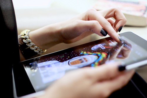 На Apple подали в суд из-за светодиодной подсветки экранов iPad 3 и MacBook Pro