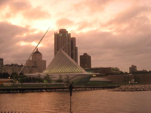 Milwaukee Art Museum from Pieces of Eight Restaurant