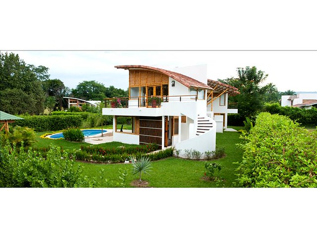 Casa dinastia del sol guadua bamb flickr photo sharing - Construcciones de casas modernas ...