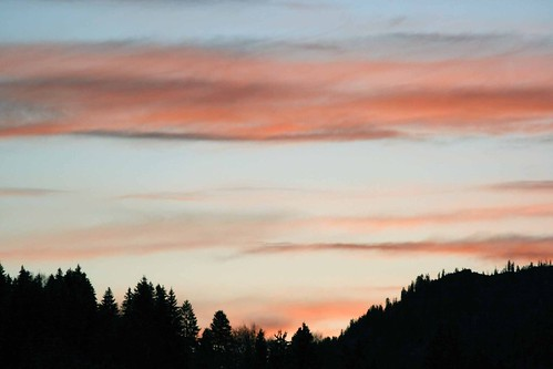 blue and pink sky - Oberstdorf just after sunset
