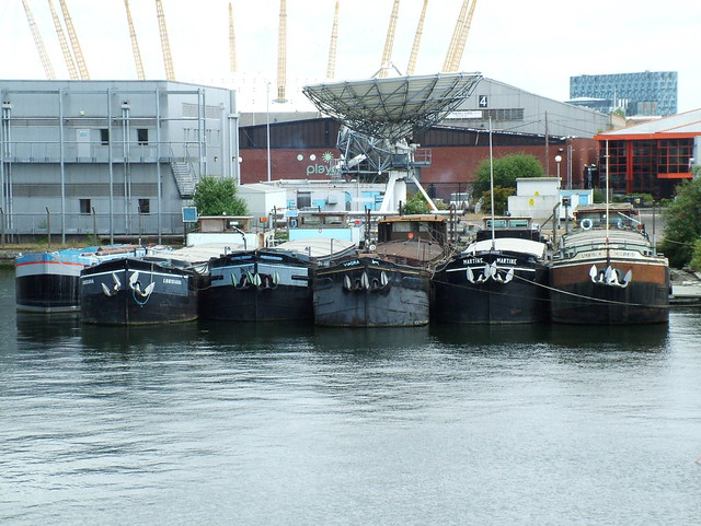 6 Barge Houseboats 6 Houseboat conversions in London