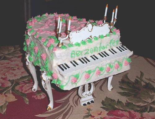 "Piano Cake (""The Berzendorfer"")"