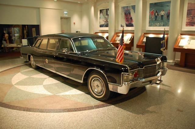 1967 Lincoln Continental limousine