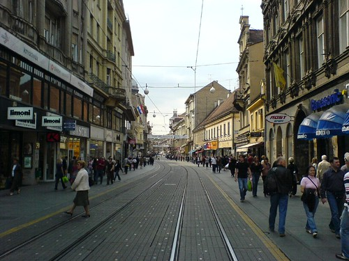 3> Monday morning in Zagreb