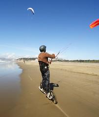 kitesurfing(0.0), toy(0.0), paragliding(1.0), kite landboarding(1.0), individual sports(1.0), sports(1.0), windsports(1.0), wind(1.0), extreme sport(1.0),