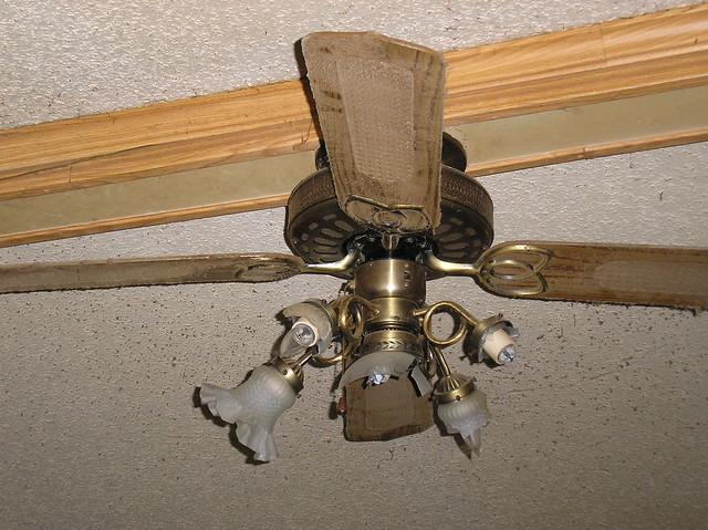 Broken Ceiling Fan : Broken ceiling fan flickr photo sharing