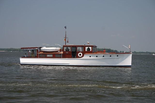 46' Motor Yacht Widgeon