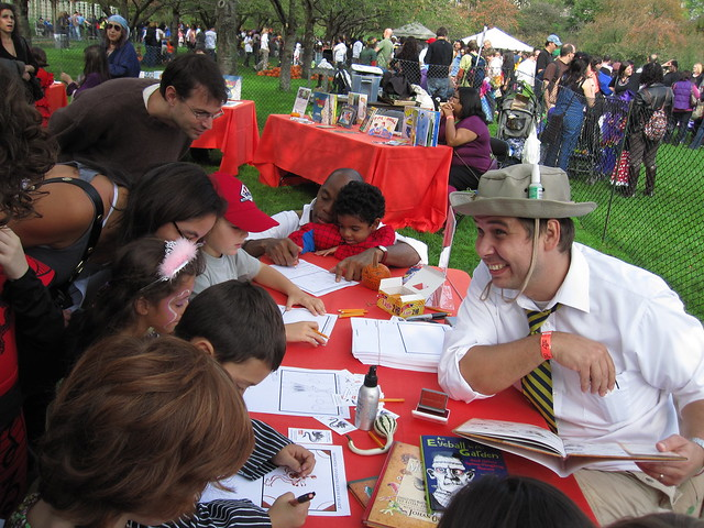 Author Johan Olander meets his fans at Ghouls & Gourds 2010. Photo by Rebecca Bullene.