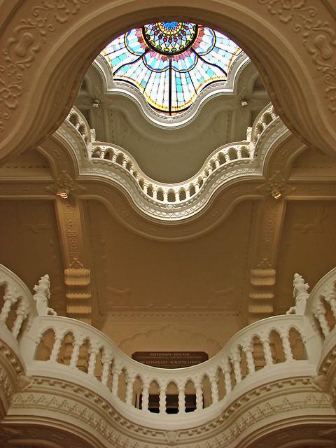 Escalier int rieur du mus e des arts d coratifs de for Enduits decoratifs interieur