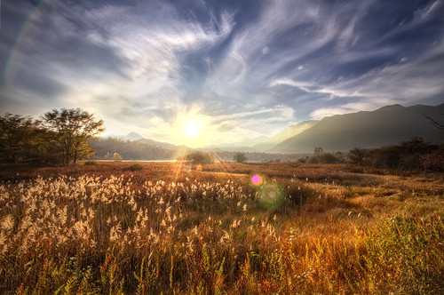 trees sunset sun mountains grass japan clouds flare marsh nikko hdr marshland tochigi senjogahara 6xp