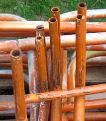 outdoor structure(0.0), wood(0.0), beam(0.0), torii(0.0), column(0.0), pipe(1.0),