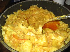 meal(0.0), stew(0.0), curry(0.0), dak galbi(0.0), produce(0.0), food(1.0), korma(1.0), dish(1.0), cuisine(1.0), oyakodon(1.0),