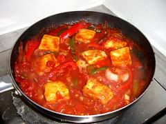 pickled foods(0.0), side dish(0.0), meat(0.0), asam pedas(0.0), produce(0.0), tteokbokki(0.0), kimchi(0.0), stew(1.0), curry(1.0), vegetable(1.0), jjigae(1.0), kimchi jjigae(1.0), food(1.0), dish(1.0), cuisine(1.0),
