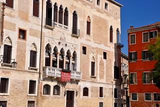 http://hojeconhecemos.blogspot.com.es/2010/10/do-castello-veneza-italia.html