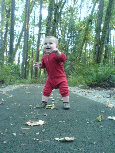 sequoia dancing on the art walk in tryon creek   DSC00335