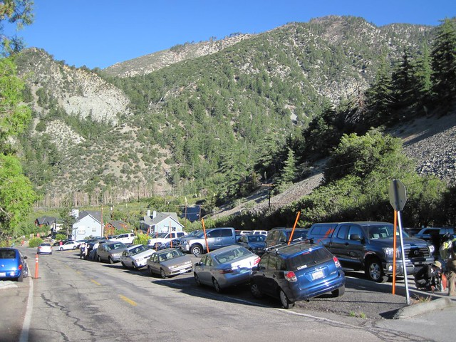 >Icehouse Canyon Parking Lot
