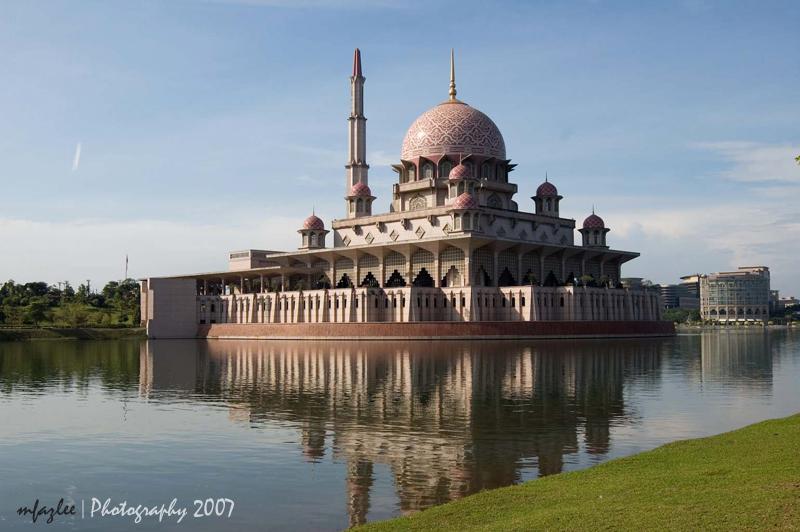 Pink mosque, Putrajaya