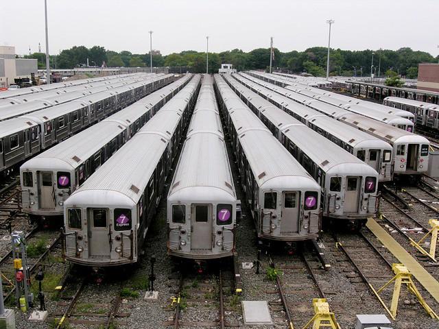 7 Trains 03.jpg
