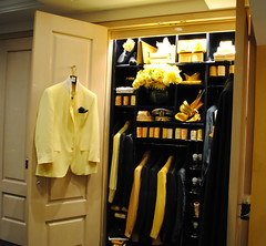 closet(1.0), furniture(1.0), yellow(1.0), room(1.0), wardrobe(1.0), interior design(1.0), cabinetry(1.0),