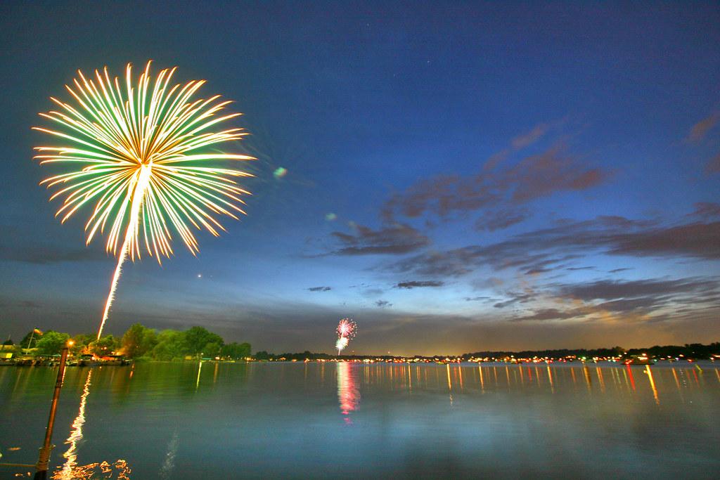 sylvan lake fireworks by gsgeorge