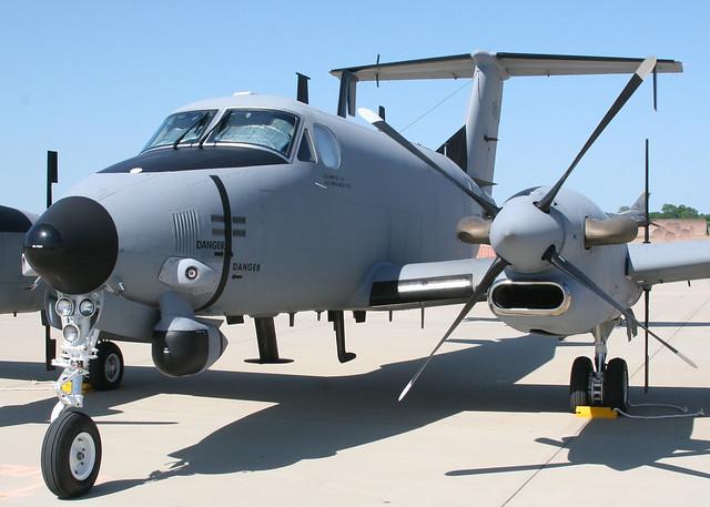 Beechcraft super kingair rc p guardrail u