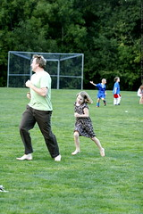 shea & skai playing tag at the picnic    MG 3879