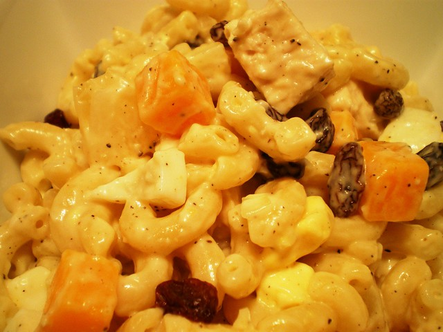 Panlasang Pinoy Sweet Macaroni Salad http://www.flickr.com/photos/panlasangpinoy/4657042655/