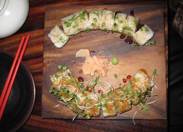 sushi-rolls-nokiate-antigua-guatemala-shrimp-rolls-tempura