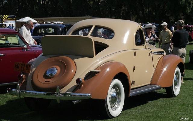 1936 Hupmobile 618 G 2-door rumble seat coupe - tan - rvr