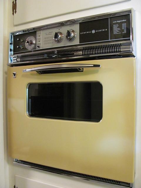Vintage General Electric Wall Ovens ~ My vintage general electric oven flickr photo