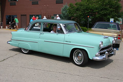 edsel ranger(0.0), convertible(0.0), automobile(1.0), automotive exterior(1.0), vehicle(1.0), mercury montclair(1.0), compact car(1.0), antique car(1.0), sedan(1.0), classic car(1.0), land vehicle(1.0),