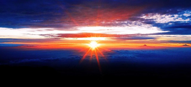 Sunrise at Iztaccíhuatl Volcano