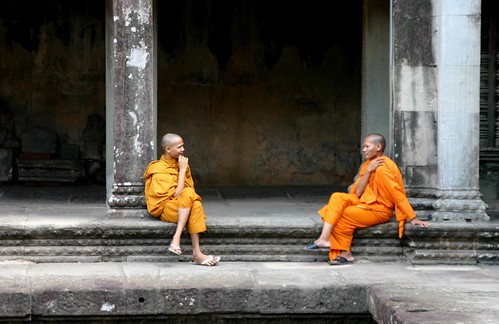 Having an afternoon chat at Angkor
