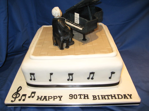 Music Conductor Piano Cake