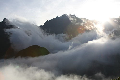 morning mist mountain mountains peru fog inca clouds dawn ancient ruins hiking cusco peak andes machupicchu range epic incanempire davidhallock oruwu