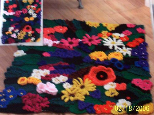 Garden Patch Accent Rug - Crochet Kit