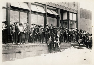 [Armed American Company employees and Arizona Rangers guard Company store during miners' strike, 1906, Cananea, Mexico]