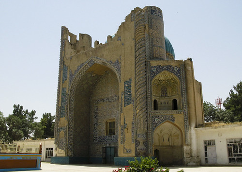 Shrine of Khoja Abu Nasar Parsa