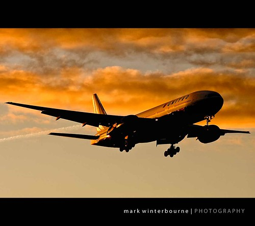 sunrise heathrow united boeing airlines lhr egll 26953 winterbourne 777222 n794ua aac8a4