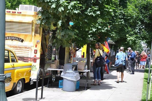 Food Trucks at Jamison Square