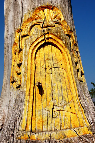Gnome tree door flickr photo sharing for Gnome doors for trees