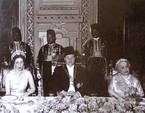 King ,Queen Mother and Sultana