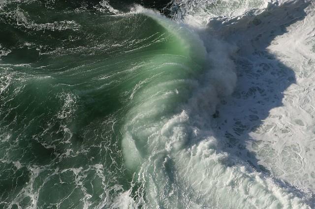 Atlantic Ocean crashes against Loop Head