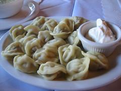 tortellini(0.0), shumai(0.0), pierogi(0.0), mongolian food(1.0), manti(1.0), mandu(1.0), momo(1.0), wonton(1.0), pelmeni(1.0), food(1.0), dish(1.0), varenyky(1.0), dumpling(1.0), jiaozi(1.0), buuz(1.0), khinkali(1.0), cuisine(1.0),
