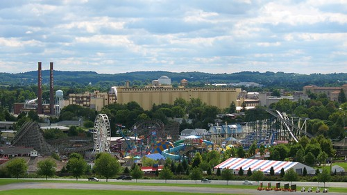 pennsylvania smokestacks hershey silos hotels hersheypark rollercoasters hotelhershey hersheyhotel