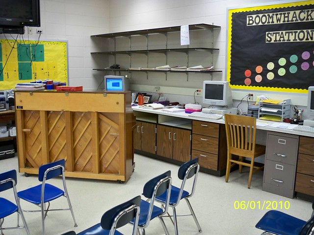 Z Arrangement Classroom Design Disadvantages ~ A new classroom arrangement flickr photo sharing