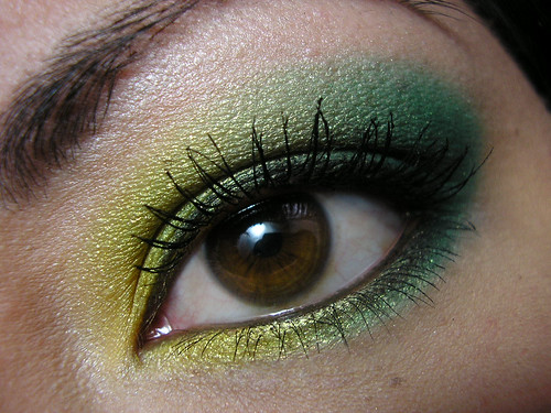 Ben Nye Sun Yellow & Jade Closeup