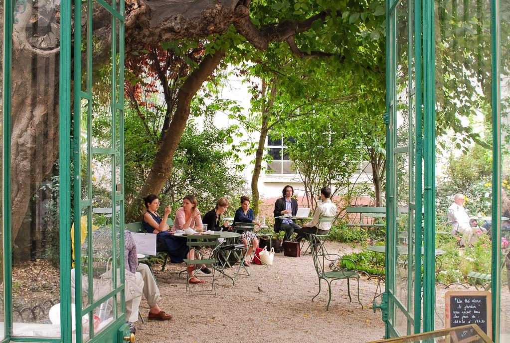 Le salon de th du mus e de la vie romantique et si on - Jardin du musee de la vie romantique ...