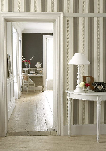 Living Room Hallway Maddox St Wallpaper